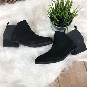 Toms ankle boots size 9